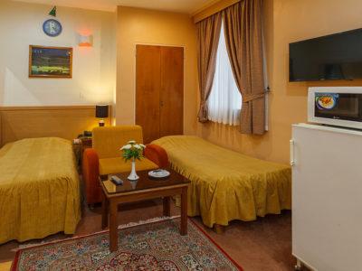 Sasan Hotel Shiraz Four Persons Suite