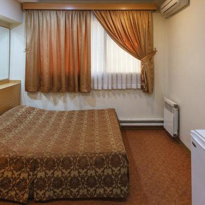 اتاق دو تخته دبل در هتل ساسان شیراز