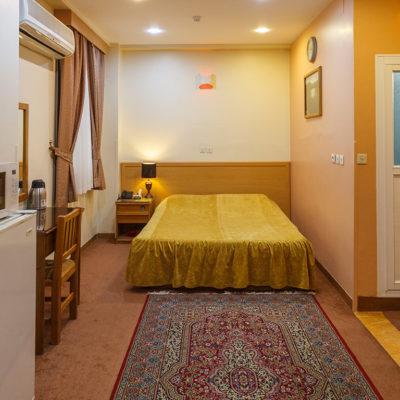 سوییت دو نفره در هتل ساسان شیراز