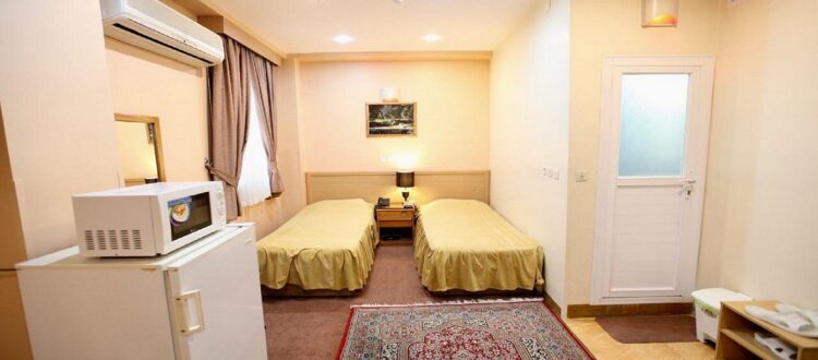 سوئیت چهار نفره هتل ساسان شیراز